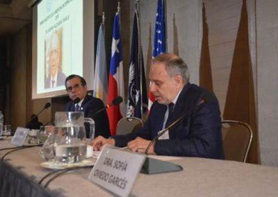 Drs. Gilberto González (Presidente SMS) y Claudio Liberman (Past President SMS).
