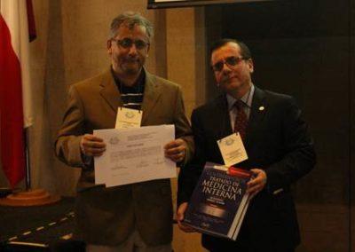 """Premiación """"Mejor trabajo de investigación del congreso""""."""